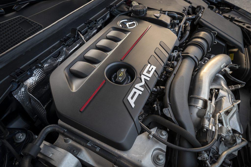 Mercedes-AMG A 35 4MATIC il motore