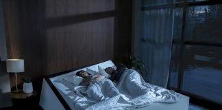 """Lane-Keeping Bed: ecco il letto contro gli """"invasori di spazio"""""""