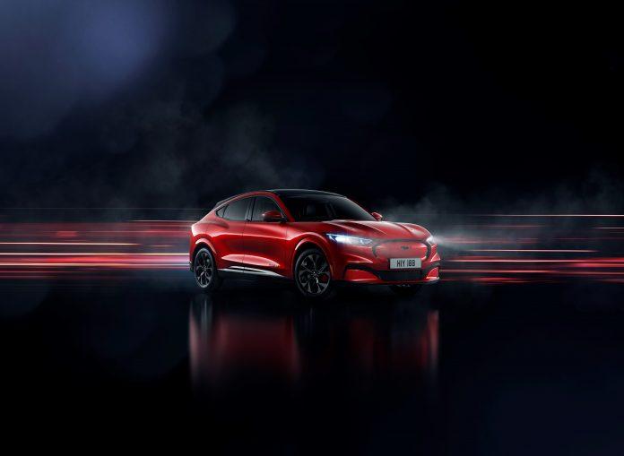 Mustang Mach-E: potenza, stile e libertà