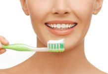 Infarto, si può prevenire anche lavandosi i denti 3 volte al giorno