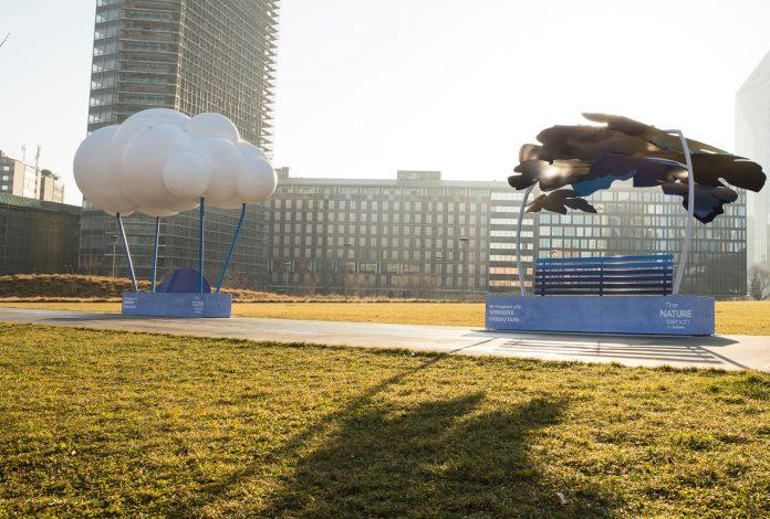 Le panchine targate Samsung Galaxy Note: elementi urbani diventano opere d'arte