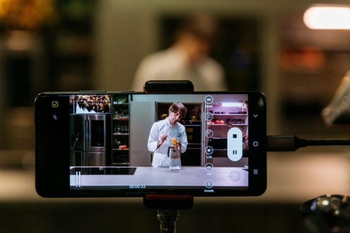 Samsung celebra l'autunno con una ricetta di Davide Oldani