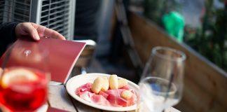 Il Prosciutto di San Daniele, aperitivo a casa a supporto dei ristoratori italiani